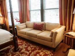 Vanderbilt Room, Biltmore Village Inn