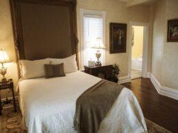 Wingate Room, Biltmore Village Inn